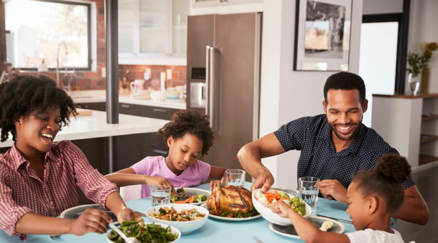 The Benefits of Sharing Meals as a Family